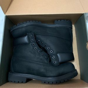 Black Timberlands Size 10
